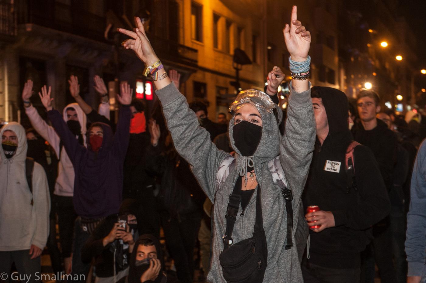 BarcelonaCentralPoliceStationProtest26-10-19FB-20